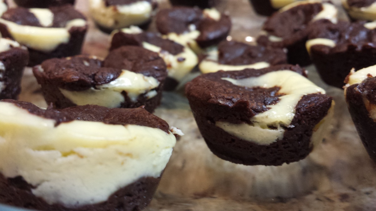 Tuesday Try this #15: Easy Cheesecake Brownie Bites